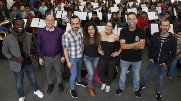 La Fosje realizará un concierto en homenaje a la banda británica. Siete artistas del rock y el pop acompañarán al conjunto juvenil. Foito: Galo Paguay/ EL COMERCIO.