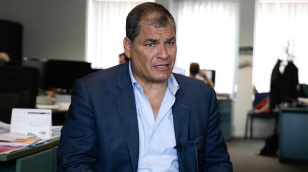 Rafael Correa durante una entrevista en España. Foto: API