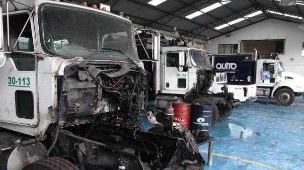 Hay recolectores a los que les falta el motor, la suspensión y otras piezas importantes. Foto: Marcelino Rossi/ EL COMERCIO.