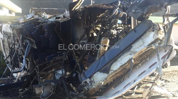 Un accidente entre un bus internacional de la Cooperativa Cotrans y una camioneta se reportó a las 03:00 de este martes 14 de agosto del 2018 en el kilómetro 8 de la vía Pifo - Papallacta. Foto: Eduardo Terán/ EL COMERCIO