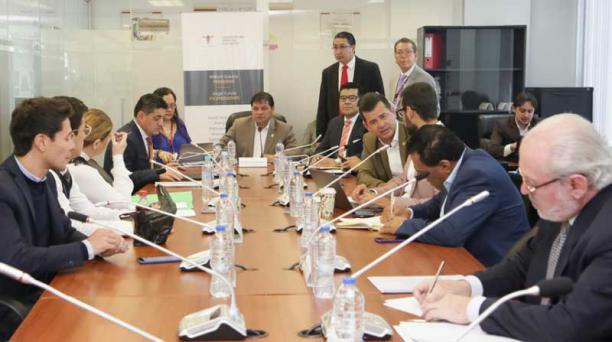 La Comisión de Salud el 3 de octubre del 2018 durante la lectura, discusión y votación del articulado del texto unificado del Proyecto de Código Orgánico de Salud, para Informe de Segundo Debate. Foto:  Flickr / Asamblea