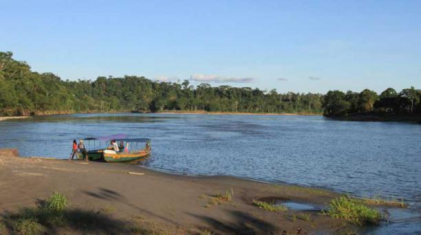 Paseos fluviales en Misahuallí, una exploración icónica de este sector. Foto:  Cortesía Ministerio de Turismo.