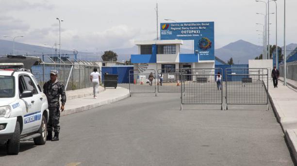 Jorge Glas fuera trasladado desde la Cárcel 4 de Quito, hasta el Centro de Rehabilitación Social de Latacunga, la noche del domingo, 21 de octubre. Foto: Armando Prado/ EL COMERCIO