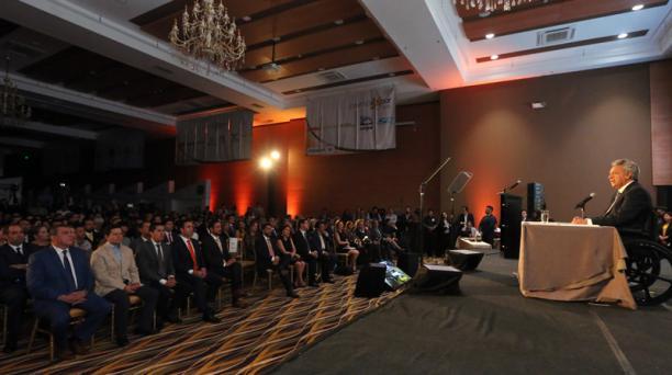 El presidente, Lenín Moreno, participó en el evento Premio Exportador 2018, el jueves 22 de noviembre. El Jefe de Estado estuvo acompañado por los ministros de su Gabinete de Gobierno. Foto: Flickr Presidencia de la República