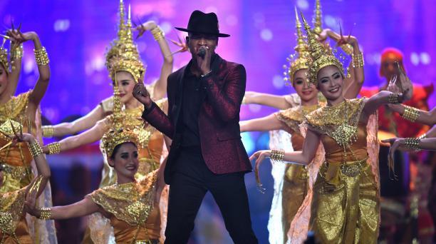 El músico estadounidense Ne-Yo abrió la ceremonia de Miss Universo 2018. Encendió la noche con pop y R&B. Foto: AFP.