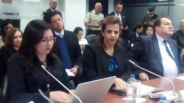 María Paula Romo, ministra del Interior, informó sobre la localización de Carlos Ochoa y Sofía Espín en Bolivia