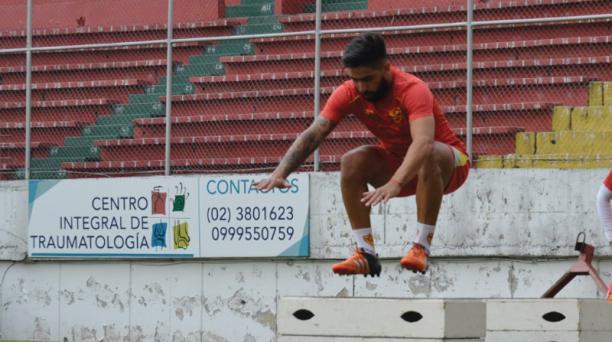 Maximiliano Barreiro durante una práctica de Aucas. Foto de la cuenta Twitter @Aucas45
