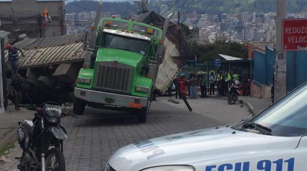 El conductor se habría confundido con la dirección. Foto: Eduardo Terán / EL COMERCIO