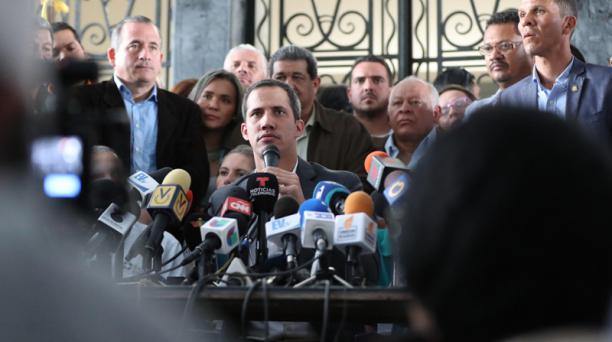 Juan Guaidó se reunió este martes 5 de marzo del 2019 con representantes de sindicatos de Venezuela, tras su retorno a Caracas. Foto: EFE
