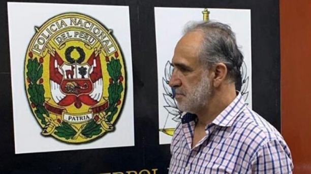 Así apareció el exministro Ramiro González tras ser detenido la tarde del martes en el barrio Miraflores, ubicado en Lima, Perú. Foto: Cortesía
