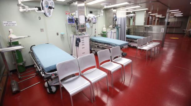El buque cuenta con equipos para cirugías.