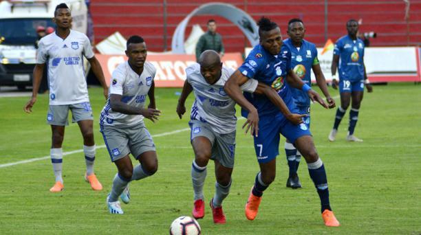Macará y Emelec jugaron en el estadio Bellavista, el 25 de agosto del 2019. Foto: API