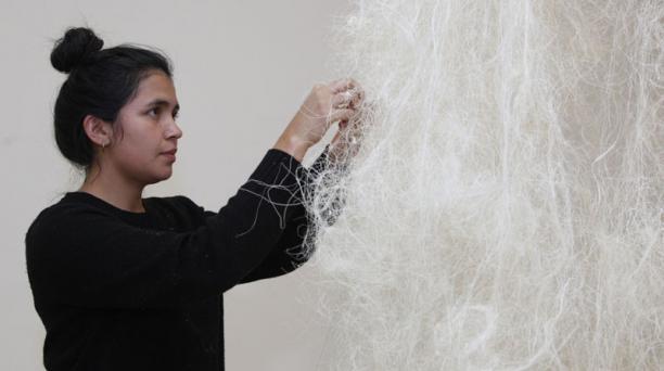 La exhibición en Arte Actual cuenta con cuadros, esculturas, instalaciones sonoras y audiovisuales. Foto: Galo Paguay/ EL COMERCIO