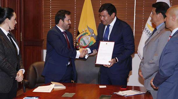 Iván Granda, secretario Anticorrupción, y César Litardo (AP), presidente de la Asamblea Nacional, en septiembre. Foto: Archivo / El COMERCIO