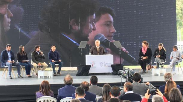 El presidente Lenín Moreno durante la presentación del Programa Internet para Todos desde la parroquia Rumipamba, cantón Rumiñahui, en Quito, este miércoles 27 de noviembre del 2019. Foto: Armando Prado / EL COMERCIO