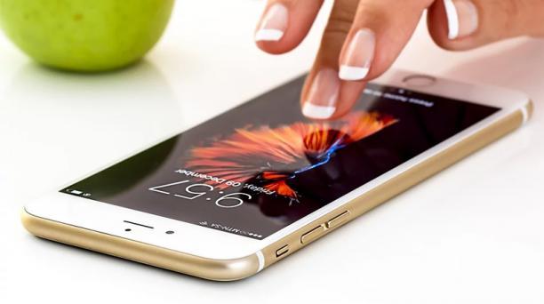El ICE es un impuesto de carácter mensual y se aplica desde el 1 de enero de este 2020 en los planes de telefonía móvil pospago. Foto: Pixabay