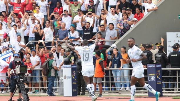 Liga de Quito ya festejó el primer título del 2020 al ganar la Supercopa Ecuador a Delfín. El 4 de marzo recibirá a River Plate, por la primera fecha del Grupo D de la Copa Libertadores. FOTO: Enrique Pesantes/EL COMERCIO