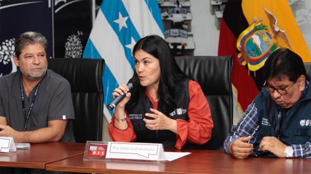La ministra de Salud, Catalina Andramuño, confirmó que falleció la primera paciente diagnosticada con covid-19 en Ecuador. Foto: EL COMERCIO