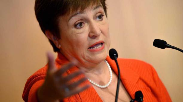 La directora gerente del Fondo Monetario Internacional (FMI), Kristalina Georgieva, dijo que la economía mundial entró en recesión por el coronavirus. Foto: AFP