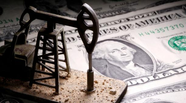 El precio del petróleo bajaba levemente el 24 de abril del 2020, después de cuatro días de que el barril del crudo se cotizara en 0. Foto: Reuters