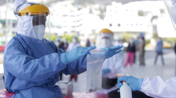 Imagen referencial. Hasta este martes, 26 de mayo del 2020, el Gobierno de Ecuador confirmó 37 656 casos de coronavirus. Foto: Diego Pallero / EL COMERCIO