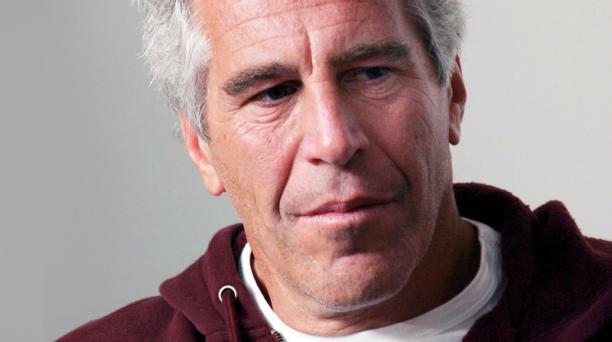 En la producción aparece el testimonio de varias mujeres que fueron abusadas por Jeffrey Epstein.
