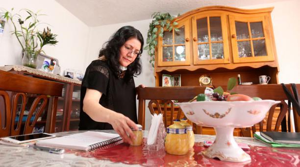 En marzo, Rosa Torres logró operarse de la vejiga. Le preocupa no haber obtenido cita para un chequeo