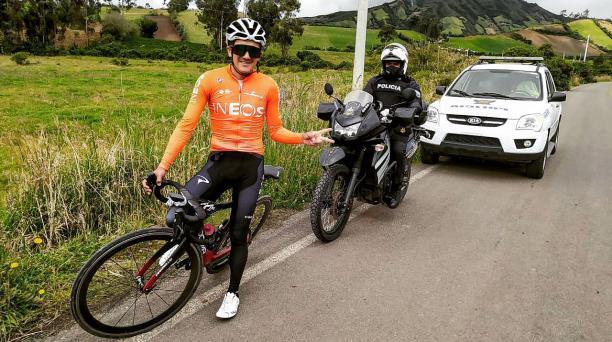 Richard Carapaz en uno de sus últimos entrenamientos en las carreteras de Carchi antes de viajar a Europa. Foto: Tomada de las redes sociales de Richard Carapaz