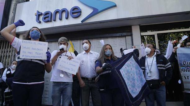 Trabajadores de Tame realizaron protestas por el anuncio de cierre de la aerolínea. Foto: archivo / EL COMERCIO