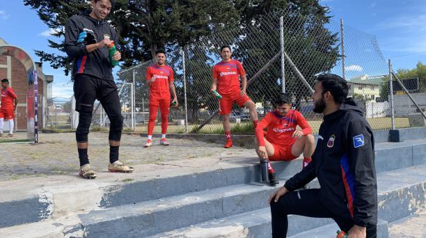El plantel del Deportivo Quito en un entrenamiento en el complejo Ney Mancheno en Carcelén. Tomado del Deportivo Quito