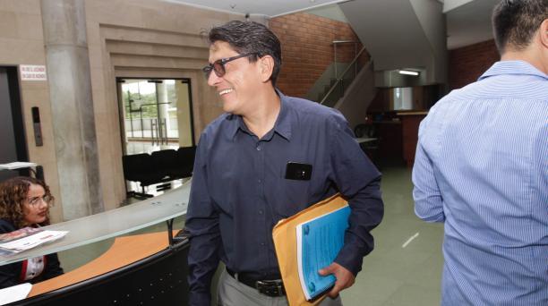 Carlos Galarza es uno de los seis vocales de la FEF suspendidos por la Conmebol. Foto Archivo El Comercio