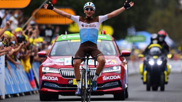 Nans Peters fue el ganador de la octava etapa del Tour de Francia y se llevó el premio al ciclista más combativo. Foto: AFP