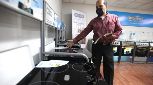 Fibroacero no produce cocinas y encimeras de inducción desde el 2018, por la baja demanda en el mercado.