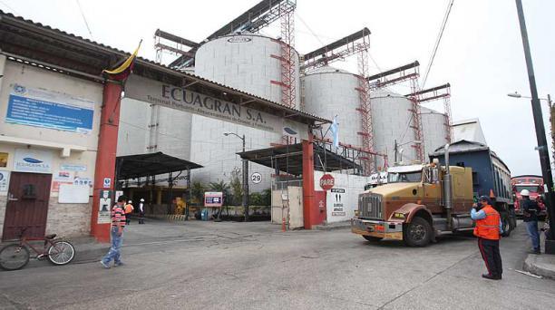 Ecuagran emitió facturas comerciales mientras estuvo intervenida en el 2019. La firma cayó este año en 'default'. Foto: archivo / EL COMERCIO