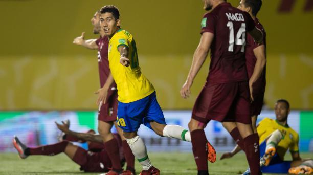 Roberto Firmino celebra el único gol con el que Brasil venció a Venezuela, en Sao Paulo. Foto: Confederación Brasileña de Fútbol