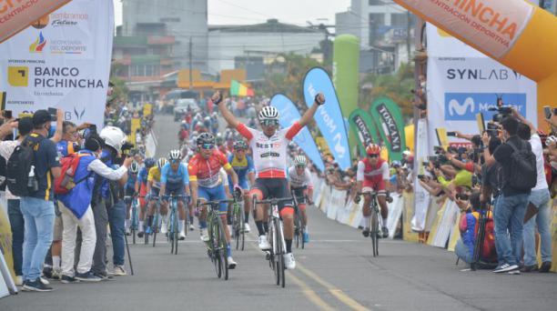 Byron Guamá fue el ganador de la segunda etapa de la Vuelta Ciclística al Ecuador. Foto: Cortesía de los organizadores