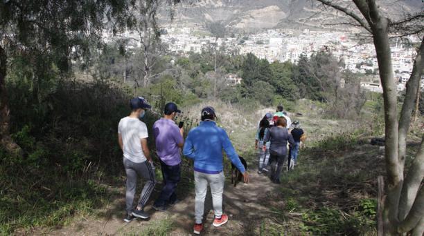 Los parques y quebradas de La Josefina, en Carcelén Bajo, fueron recuperadas por los moradores de ese sector del norte de Quito. Fotos: Galo Paguay/ EL COMERCIO