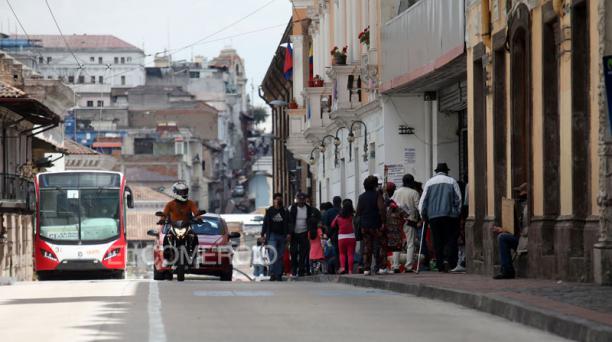 Los concejales en Quito debaten un proyecto normativo que busca reducir el pago de la patente municipal y del impuesto del 1,5 por 1 000. Foto: Julio Estrella / EL COMERCIO