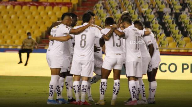 Liga de Quito consiguió un empate en la ida y buscará definir el campeonato en el Rodrigo Paz. Foto: Twitter LDU