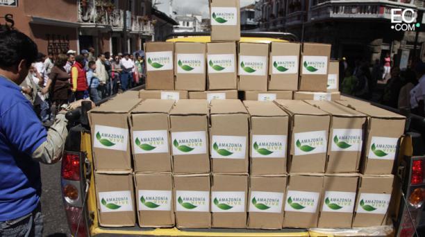 Cajas con las firmas de respaldo para la explotación de los campos petroleros, dentro de la reserva del Yasuní. Foto: Galo Paguay/El Comercio