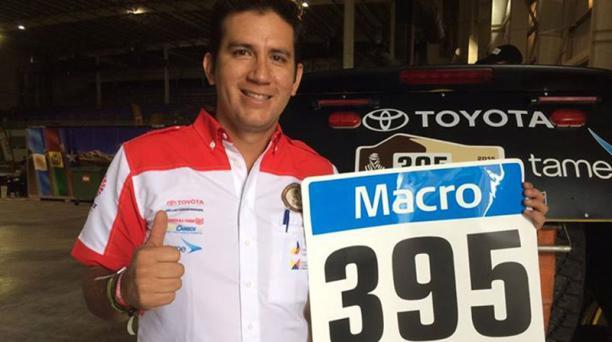 El piloto ecuatoriano Santiago Guayasamín participará por segunda ocasión del Rally Dakar. Foto: Tomada del Facebook del Equipo Ecuador
