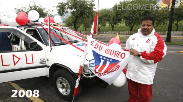La tradicional Megacaravana de los hinchas de Liga de Quito cumple con su edición 14  por las calles de la capital. Fotos: Archivo / EL COMERCIO