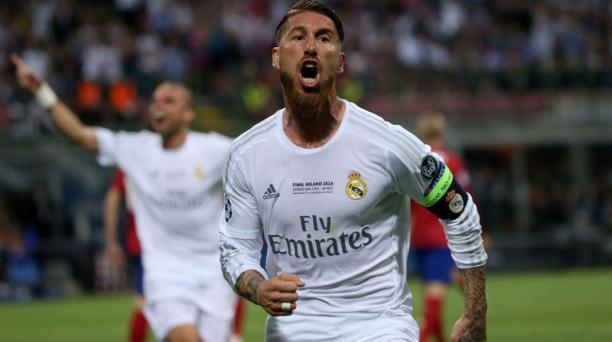 Sergio Ramos celebra el primer gol del Real Madrid en la final ante Atlético de Madrid en Milán