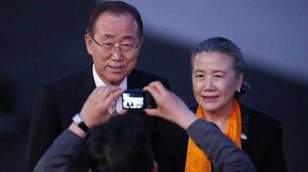 Ban Ki-moon (izq.) secretario general de las Naciones Unidas junto a su esposa (der.) llegan a la ceremonia inaugural de los Juegos Olímpicos de Río de Janeiro. EFE