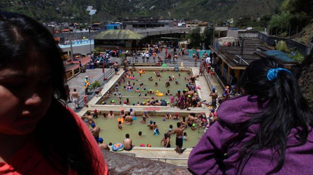 Las piscinas y balnearios fueron los sitios más concurridos por los turistas de la Sierra Centro. Foto: Cristina Márquez/ EL COMERCIO