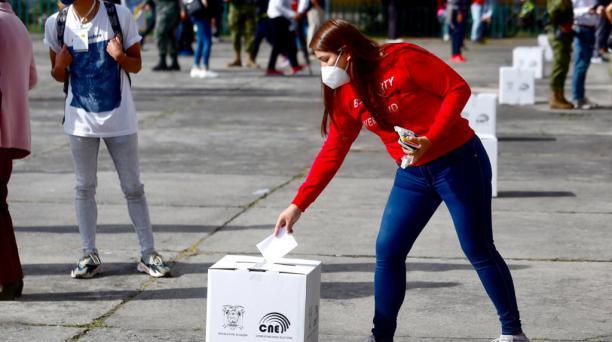 El sufragio es obligatorio para las personas mayores de 18 años hasta los 64 años. Foto: Diego Pallero / El Comercio