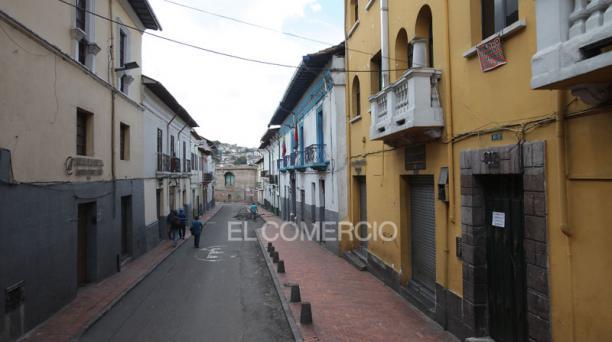 Imagen de las calles Chile e Imbabura, en el Centro Histórico de Quito. Foto: Julio Estrella/  EL COMERCIO