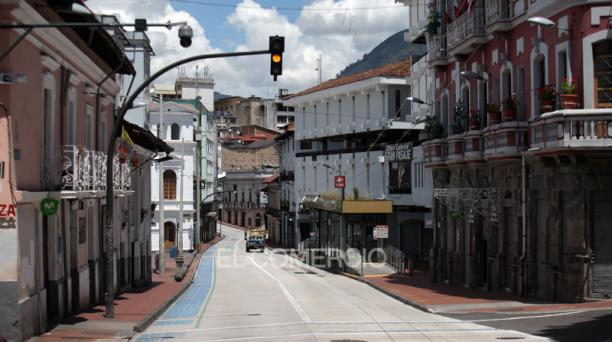 Imagen de la calle Guayaquil, en el Centro Histórico de Quito. Foto: Julio Estrella/  EL COMERCIO