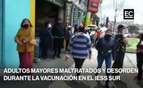 Largas filas para la vacunación en el IESS Quito Sur este 5 de mayo
